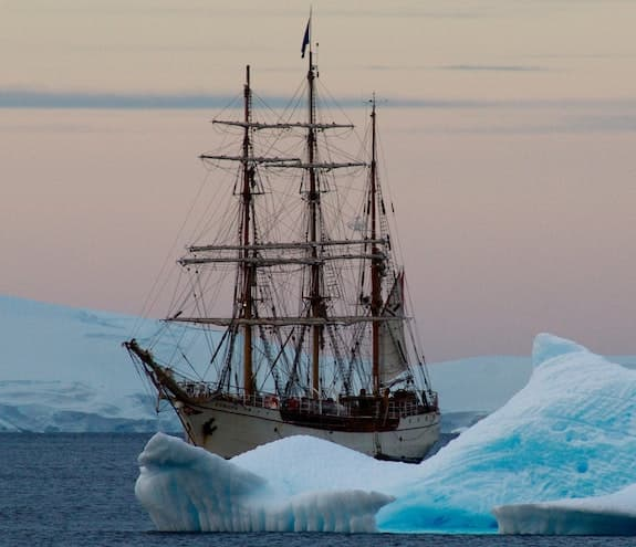 Antarctica Discovery Week