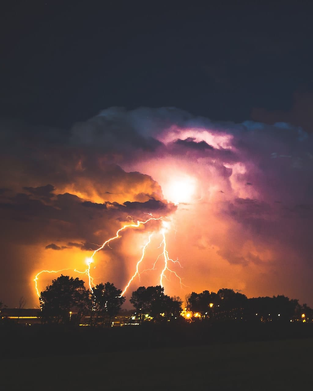 Electrical Storm, Canada