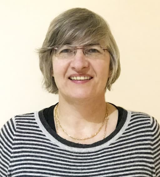 Dr Suzanne Duce